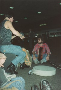 miami_airport_busking